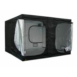 dark-room-ii-300x300x200-cm